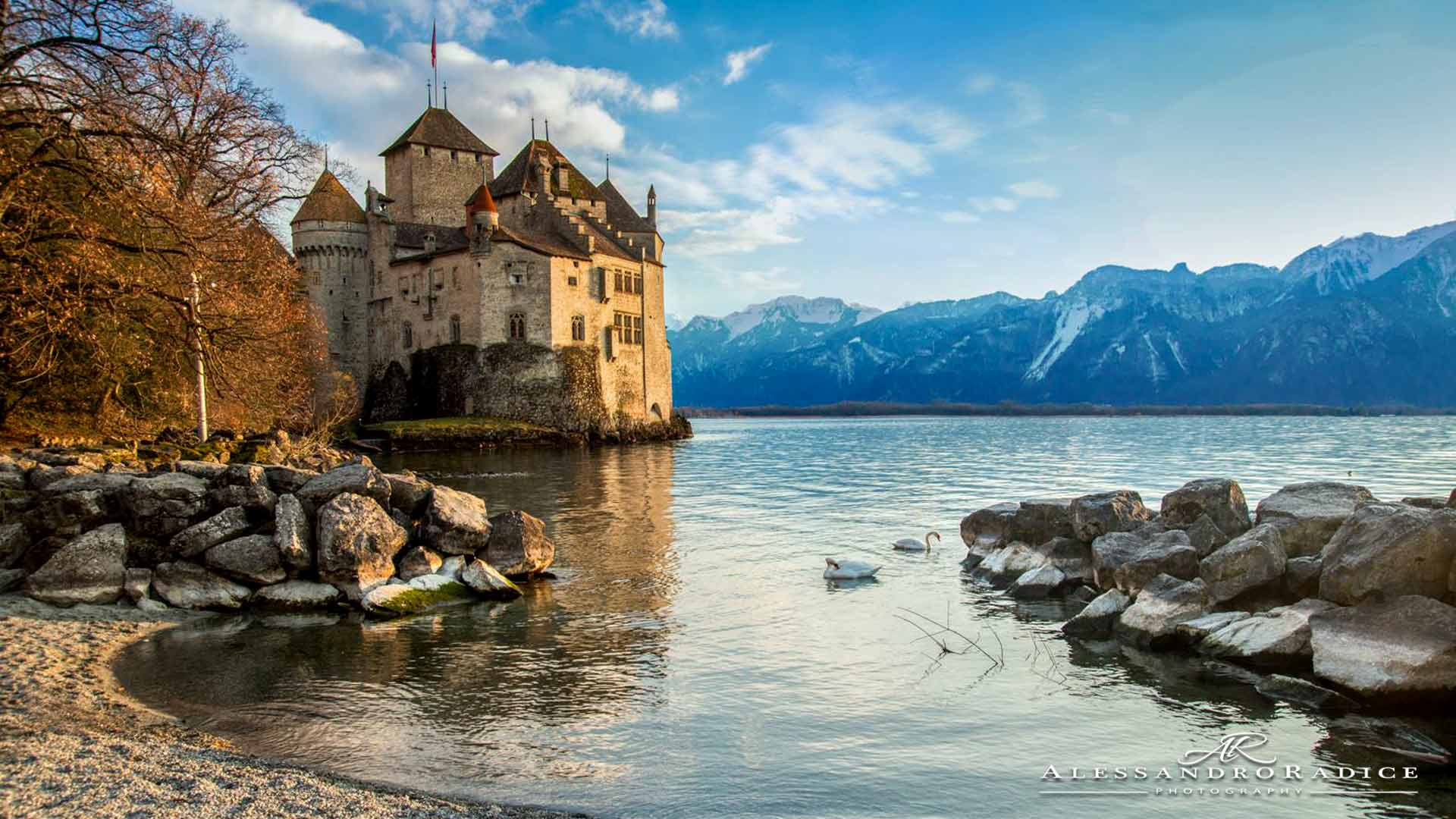 chillon-castle-montreux-switzerland