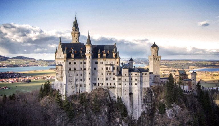 Neuschwanstein Castle – Probably The Most Visited Castle in The World! (HQ Images & Interesting facts)