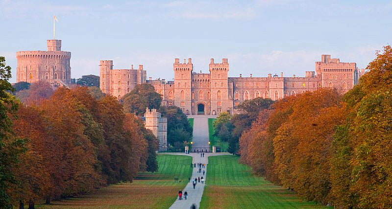 Windsor Castle – The Oldest & Largest Occupied Castle in The World (HQ Photos & History)