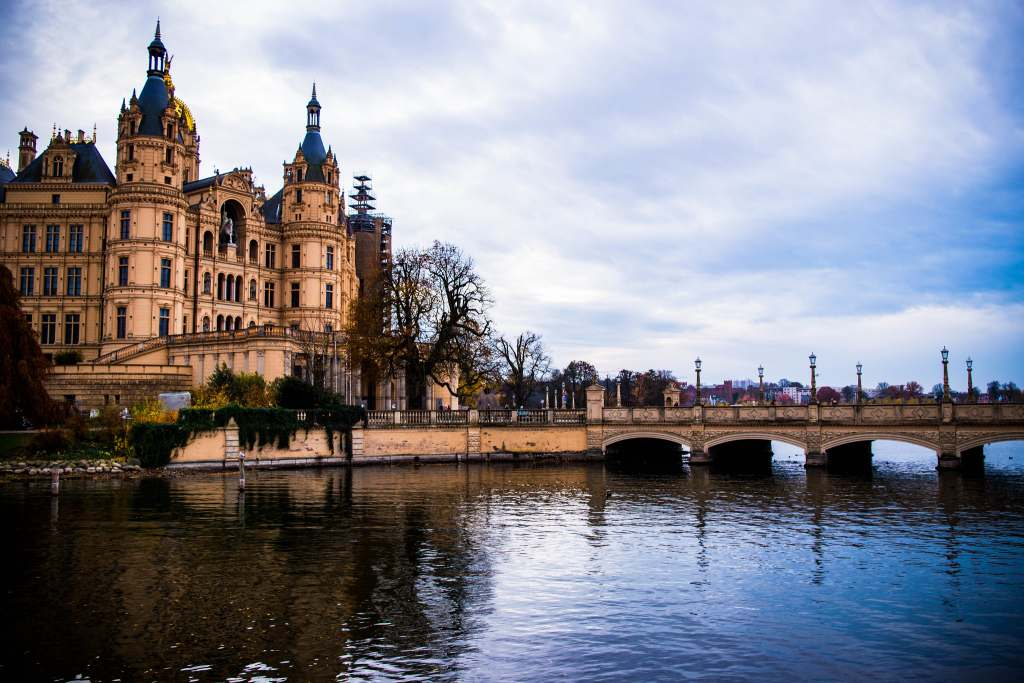 View of the Schwerin castle with its drawbridge on the lake.