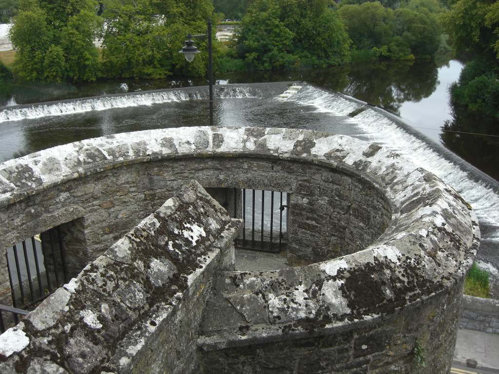 A rooftop view of the Cahir castle and its thick walls structure.