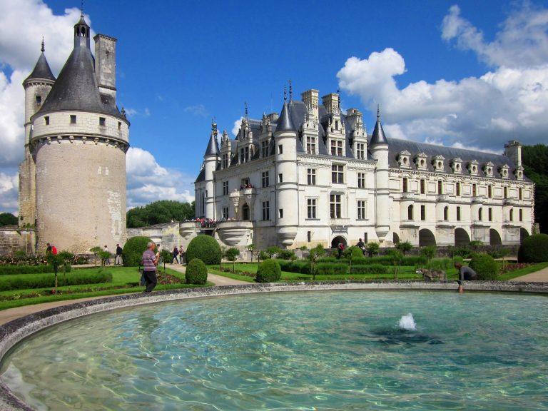 Château de Chenonceau – The Real Life Disney Castle (History & Travel Tips)