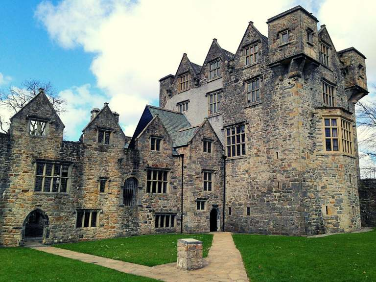 Donegal Castle – A True Gaelic Masterpiece (History, Interesting Facts & Travel Tips)