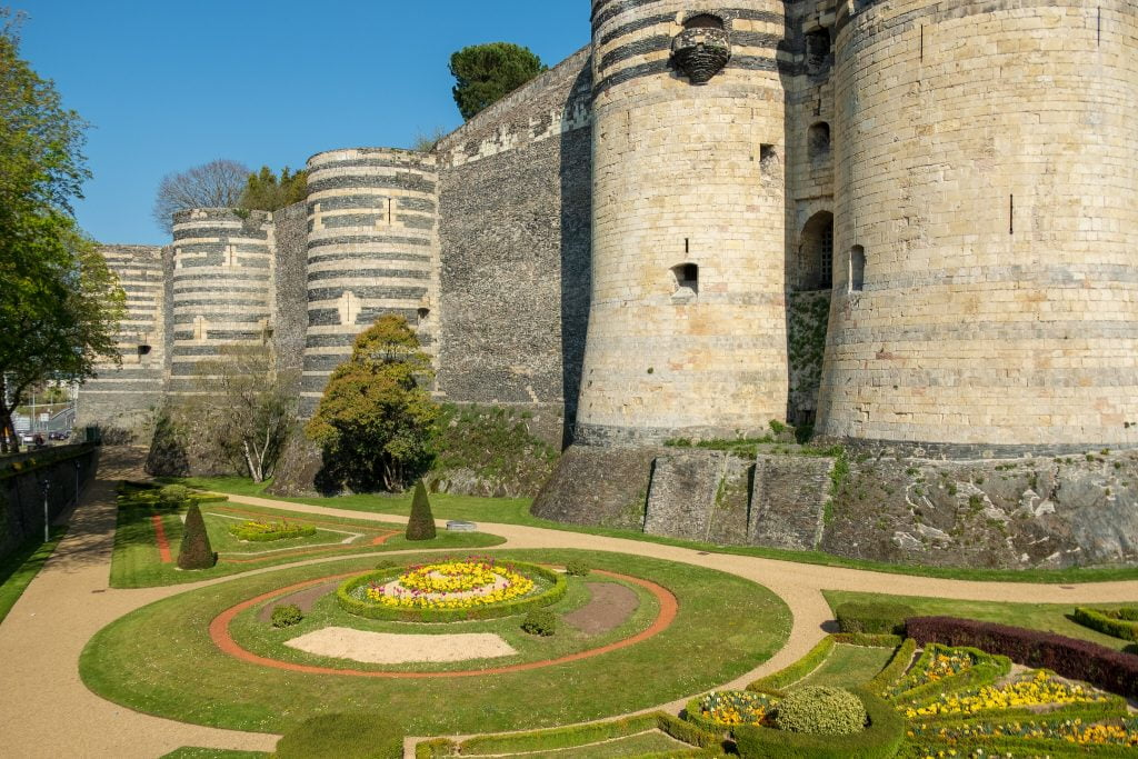 A closer look of the beautiful garden at château d'Angers.