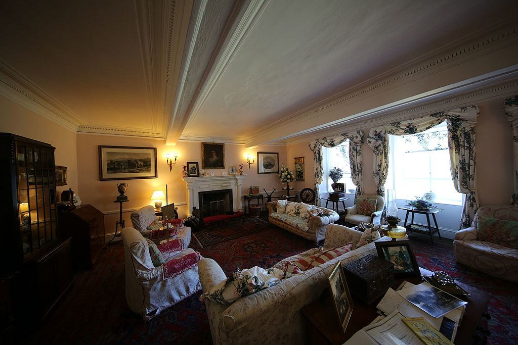 The drawing room at Braemar's Castle.